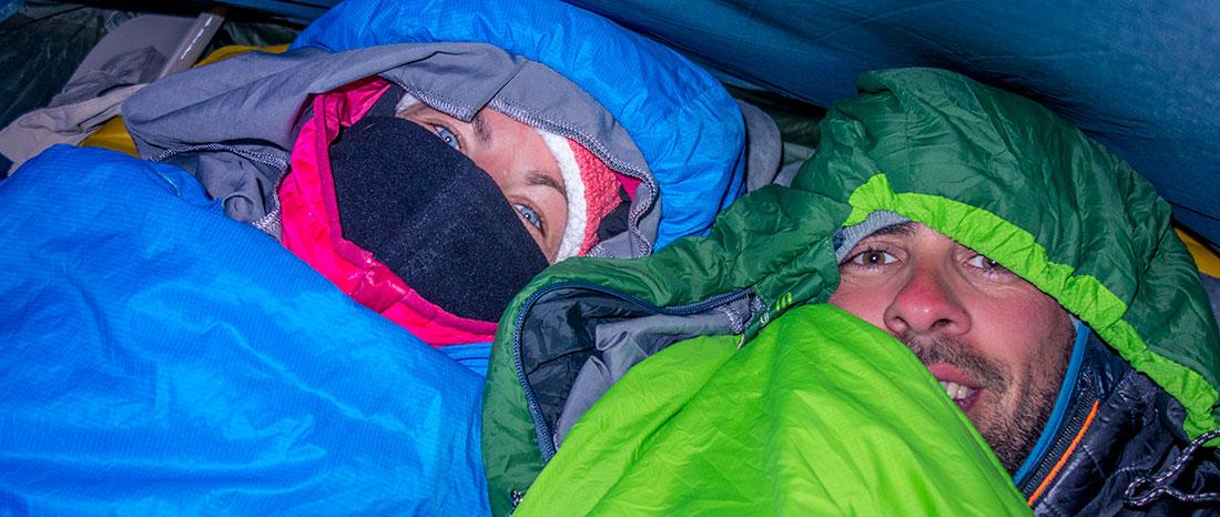 En altitude, sous la tente, il faut se couvrir!