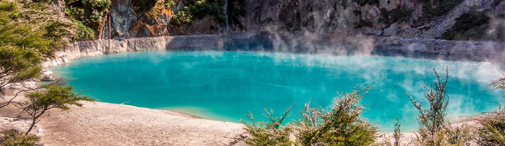 Lac du cratère de l'enfer, Vallée volcanique de Waimangu