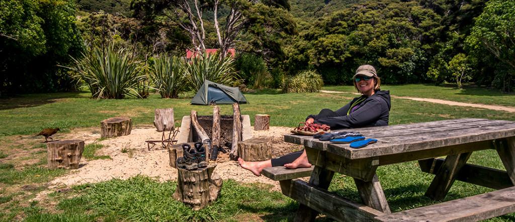 Bien installés à notre campement à Whariwharangi.