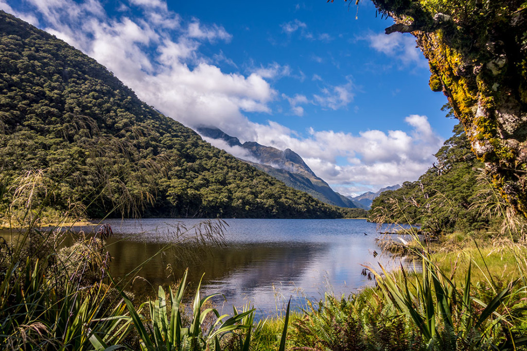Le lac Howden sur la Great Walk : Routeburn.